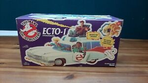 The Real Ghostbusters *ECTO-1* Kenner Boxed Includes Figures Vintage 80ies