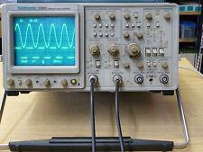 OSCILLOSCOPIO TEKTRONIX 300 MHz 2465