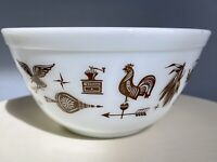 Vintage Pyrex 1962-1971 Early American Eagle White Brown 402 1.5 QT Mixing Bowl
