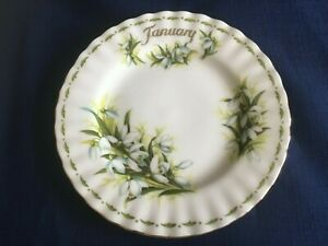 """Royal Albert Flowers Of The Month January Snowdrops 6 1/4"""" side plate"""