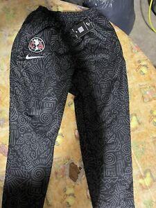 mens Club America  pants size Xl