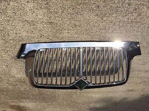 International Durastar 4200 4300 4400 8300 02+ Chrome Front Grille Big Rig TRUCK
