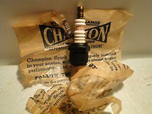 "Rare Vintage Black Body Champion "" HUDSON "" Script J-7 NOS Spark Plug ( J-9 )"