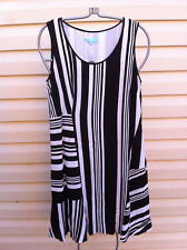 STYLISH BLUE ILLUSION BLACK/WHITE STRIPED SLEEVELESS DRESS SIZE: S NEAR NEW