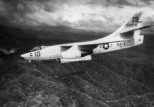 """U.S. Navy Douglas A-3B Skywarrior Fighter 13""""x 19"""" Vietnam War Photo Poster 146"""