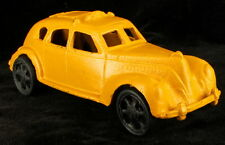 Vintage Cast Iron Yellow Painted Taxi American Manufacture 2nd Hf 20th Century