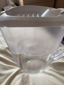 Aqua water filter jug