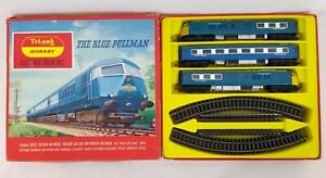 Tri-ang Hornby RS.52 The Blue Pullman Electric Train Set OO Gauge Free Postage
