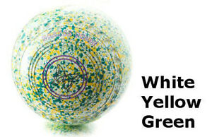 DRAKES PRIDE FLAT GREEN PROFESSIONAL WHITE, YELLOW & GREEN BOWLS##B3246C