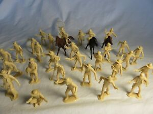 Marx reissue cowboys, trappers + miners set of 32 fig's + 3 horses, 54mm lt. tan