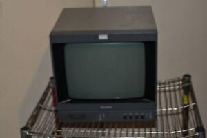 "^^ Sony PVM-137  PVM137 13"" Monitor B&W monitor  - RETRO GAMING    (GW7)"