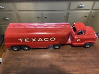 "Vintage Buddy L Texaco Gasoline Gas Station Delivery 23"" Metal Toy Truck Sign"