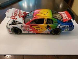 Terry Labonte #5 K- Sentials 1999 Chevy Monte Carlo 1:24 Diecast Car