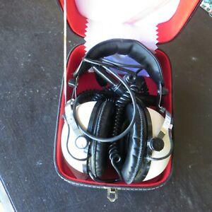 pioneer se -50 stereo headphones in box