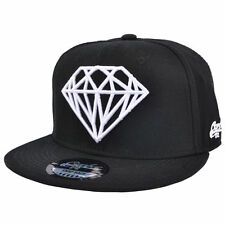 DIAMOND DESIGN BLACK WITH BLACK PEAK SNAPBACK FLAT PEAK  BASEBALL CAP