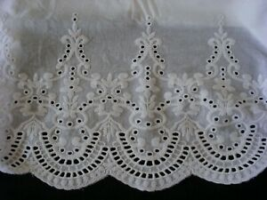 New White Embroidered Lace PillowCases Sham Cotton Sateen King Pair M2#