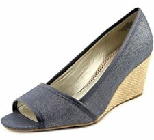 38202a0f7c6 Easy Spirit Women s Sandals 10 Women s US Shoe Size for sale