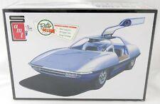 1:25 Scale Piranha Super Spy Car Model Kit (Skill 3) - AMT #900/12
