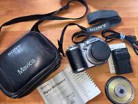 Sony Mavica MVC-CD400 4.0MP Digital Camera - Black Silver Complete Tested Lot