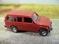 1/87 Wiking Mitsubishi Pajero braun 263 02