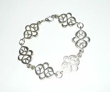 Beautiful delicate celtic knot link bracelet