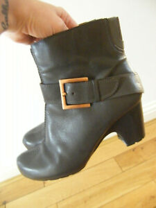 CLARKS ACTIVE AIR ANKLE BOOTS SIZE 7 GREY SOFT LEATHER VGC BARGAIN BOOTS