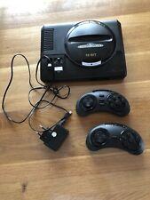 Sega Mega Drive Konsole mit 2 Controllern