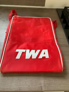 TWA Flight Bag Vintage in Excellent condition never used. With Shoulder Strap.