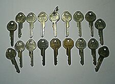 Lot of Vtg GM Keys Oval & Hexagon Bow Serial Number Automobile Cars Collectible