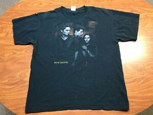 MENS USED TWIGHLIGHT NEW MOON BLACK MOVIE FILM BIG GRAPHIC SHIRT SIZE LARGE