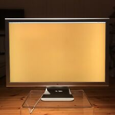 Apple Cinema Display 76 cm (30 Zoll) 16:9 LCD Monitor - Silber