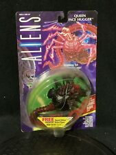 1994 Aliens Queen Face Hugger with Grabbing Tail and Crushing Legs