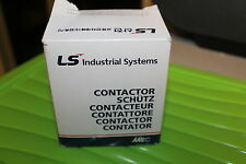 LS Industrial Systems Contactor GMC-32/4 AC-220V Circuit Breaker New In Box
