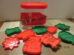 CHRISTMAS TIME HOLIDAY 10 Pcs. COOKIE CUTTERS MIB
