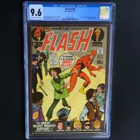 The Flash #204 (1971) 💥 CGC 9.6 💥 Only 6 Higher! JLA Appearance! DC Comics