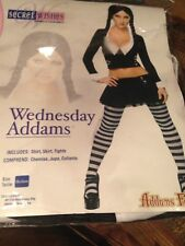 Ladies Sexy Wednesday Addams Family Halloween 1960s Fancy Dress Costume Outfit