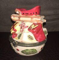 Villeroy & Boch Christmas Trinket Hinged Box Santa Claus Sleigh EUC! Vintage
