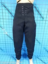Sideshow 1:6 Lord Of The Rings Aragorn Strider Ranger figure - black Trousers