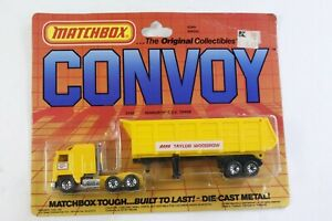 Matchbox Convoy Yellow Kenworth COE Tipper Taylor Woodrow Thailand on Card