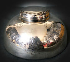 SUPERB QUALITY STERLING SILVER HAND ENGRAVED INKWELL & LINER - 1921