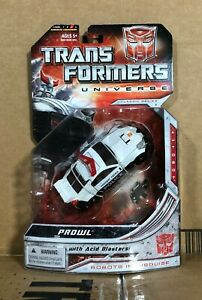 Prowl MOSC Deluxe Class Transformers Universe 2.0