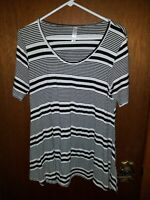 LuLaRoe Womens Top Shirt Medium Tunic Black Striped Short Sleeve