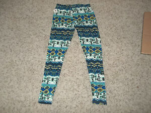 NWT Blue and Aqua Stretch Leggings Size Small  24 x 31 Unstretched