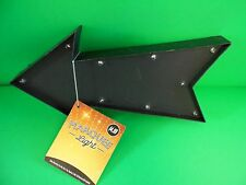 """2 Marquee Arrow Light up signs. 9"""" x 4-1/2"""" x 1"""". LED. Battery Operated  N488"""