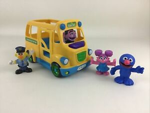 Sesame Street School Bus 2010 Count Abby Grover Bert Vehicle Hasbro Playskool