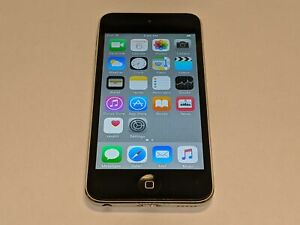 Apple A1509 iPod Touch 16GB Touchscreen 5th Generation MP3 Player Silver/Black
