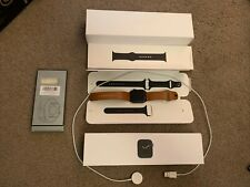 MINT Apple Watch Series 5 44mm (GPS) Space Gray Aluminium Black Sport Band - S/M