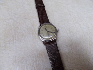GALLET CLAM SHELL WRISTWATCH, BUMPER WIND AUTOMATIC GOOD CONDITION