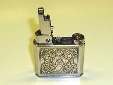 """MYLFLAM """"1000 ZÜNDER"""" D.R.P. LIGHTER WITH BEAUTIFUL MOTIF - 1950 - GERMANY"""