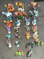 Lot de 24 figurines Skylanders Giants dont 6 géants